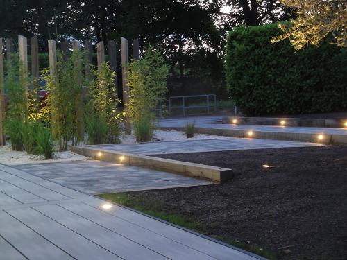 Éclairage led de balisage dans les contre-marches en bois